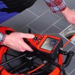 При необходимости, мастер проводит обследование канализации видеокамерой